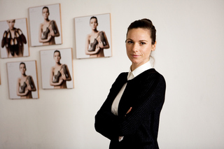 Alina Schuerfeld, designer & owner of a fair fashion label, for «Szene Hamburg»